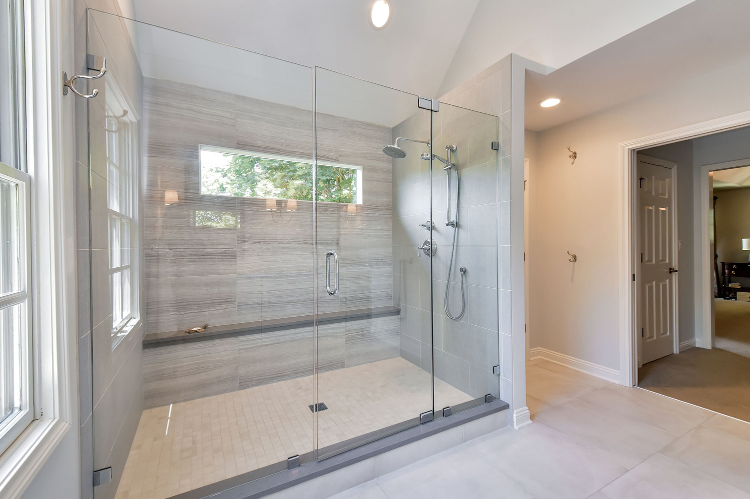 4 Reasons To Live In A New Home Before Renovating